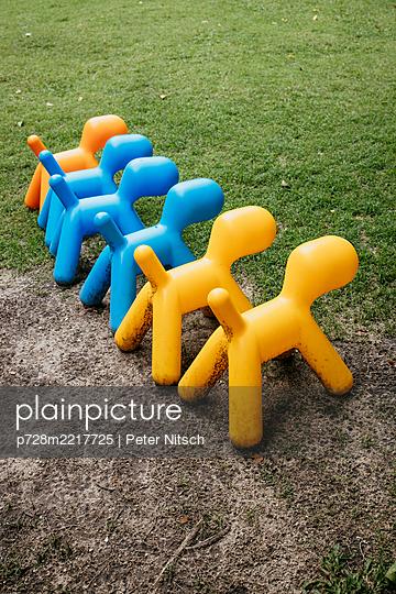 Thailand,  Designer plastic dogs - p728m2217725 by Peter Nitsch