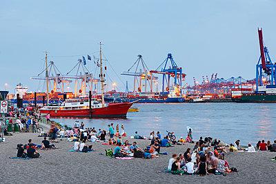 Blue Port, Övelgönne - p1099m1031579 von Sabine Vielmo