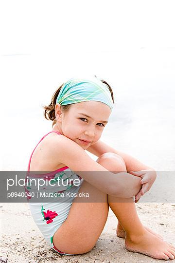 Kleines Mädchen am Strand - p8940040 von Marzena Kosicka