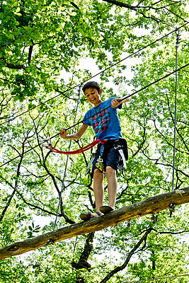 Ropes course - p445m1051403 by Marie Docher