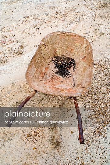 Old Worn Wheelbarrow - p1562m2278110 by chinch gryniewicz