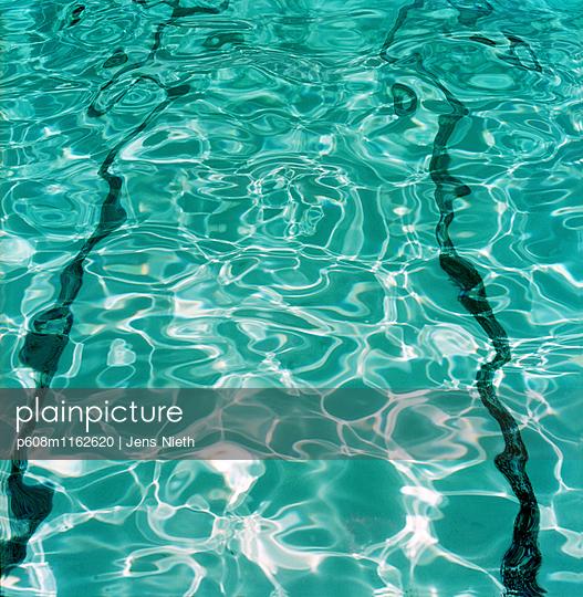 Pool - p608m1162620 von Jens Nieth