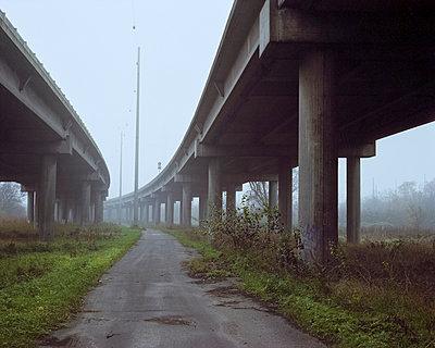 Brücke - p1214m1020434 von Janusz Beck