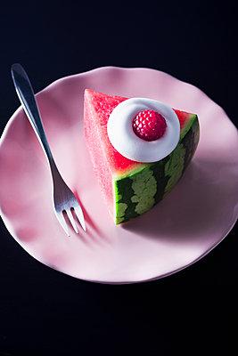 Melon pie - p1149m2089365 by Yvonne Röder