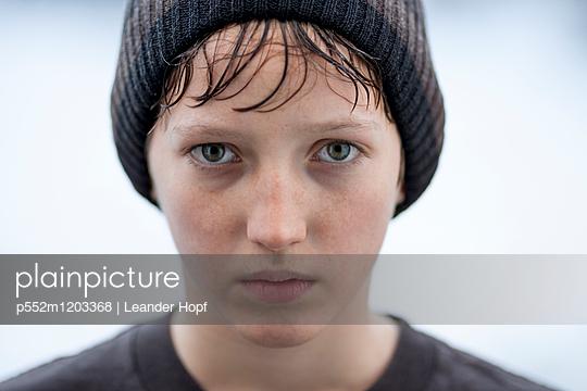 p552m1203368 by Leander Hopf