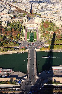 Paris - p264m793373 von André Bitter