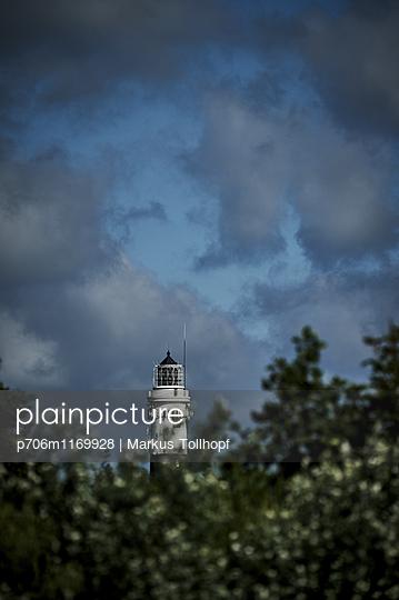 Leuchtturm - p706m1169928 von Markus Tollhopf