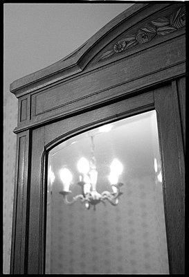 Holzschrank - p1034m777651 von Didier Gaillard