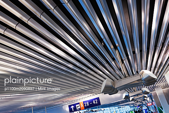 Lighting on Corrugated Style Ceiling - p1100m2090897 by Mint Images