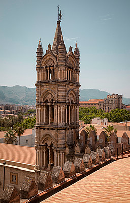 West tower of Palermo Cathedral - p382m2186098 by Anna Matzen