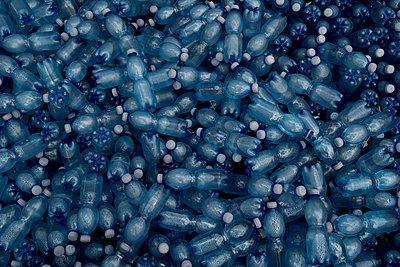 Lots of plastic bottles - p470m2229692 by Ingrid Michel