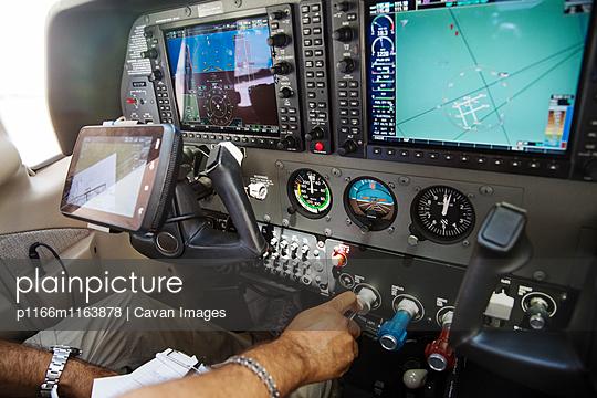 p1166m1163878 von Cavan Images