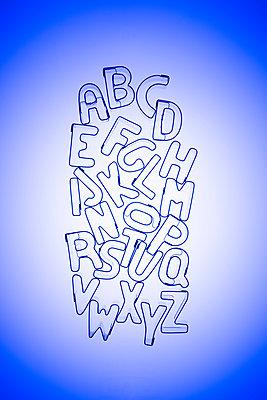 Alphabet cookie cutters - p1149m2287903 by Yvonne Röder