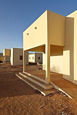 Buildings in Africa - p3900501 by Frank Herfort
