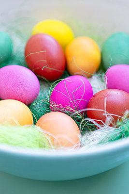 Colourful Easter eggs - p454m2249845 by Lubitz + Dorner