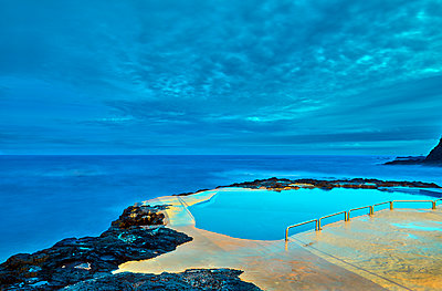 Pool right beside the sea - p1299m1586930 by Boris Schmalenberger