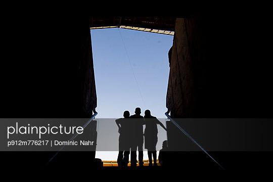 p912m776217 von Dominic Nahr