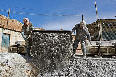 Grubenarbeiter in Bolivien  - p390m1190303 von Frank Herfort