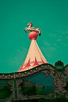 Carousel horse - p1062m1172143 by Viviana Falcomer