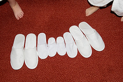 Badelatschen für die ganze Familie - p451m788330 von Anja Weber-Decker
