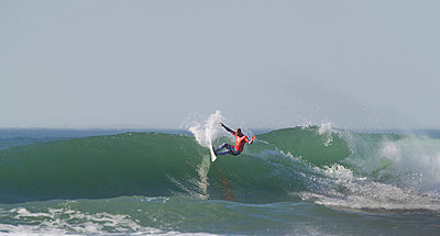 Kelly Slater winning the ASP 2011 world title at San Francisco, California - p3436162 by Jerry Dodrill