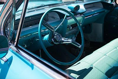 Buick von innen - p045m1584365 von Jasmin Sander