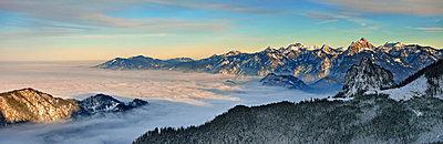 Alpenblick - p974m661464 von Volker Banken
