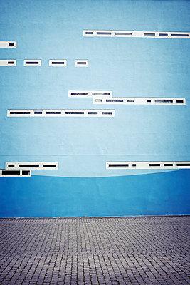 Blue wall - p312m1187721 by Dan Lepp