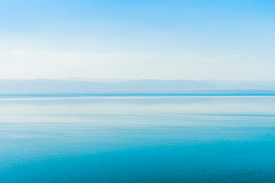 Dead Sea, Madaba Governorate, Jordan - p343m2032516 by Leslie Parrott