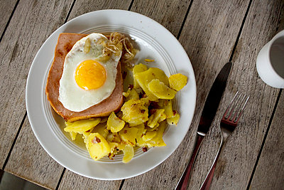 Fettige Mahlzeit - p4470314 von Anja Lubitz