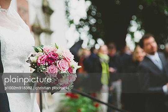 Wedding - p1002m918382 by christian plochacki
