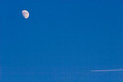 Mondflug - p4170110 von Pat Meise