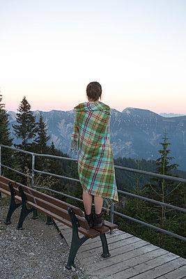 Oh, wie schön sind die Berge! - p454m1185063 von Lubitz + Dorner