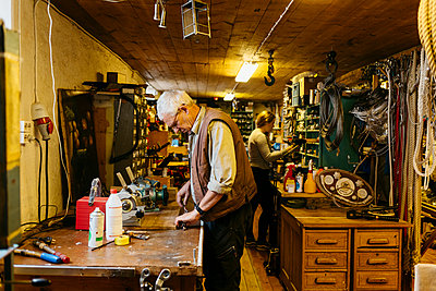 Rope maker in his shop - p352m2041388 by Folio Images