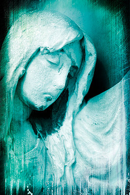 Friedhofsfigur in Venedig - p4510732 von Anja Weber-Decker