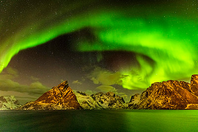 Aurora over Mountains, Lofoten Islands, Norway - p651m2033148 by Tom Mackie