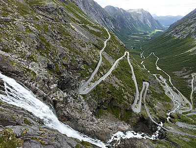 Norwegen Straße V, Åndalsnes - p1217m1170181 von Andreas Koslowski