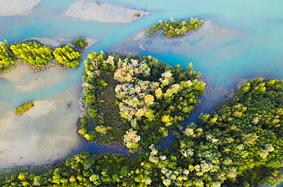 Aerial view of Isar reservoir at Bad Toelz, Germany - p300m2144306 by Hans Lippert