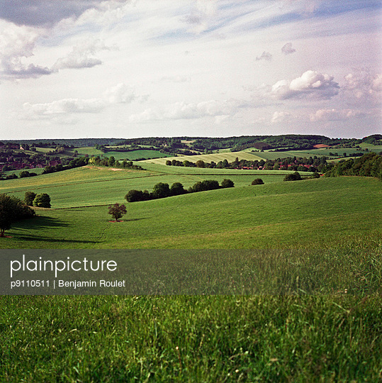 Agricultural land - p9110511 by Benjamin Roulet