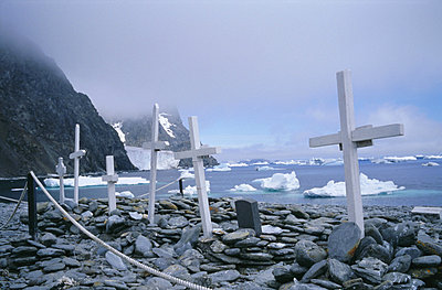 Grave site with memorials to whalers and scientists, Laurie Island, South Orkney Islands, Antarctica, Polar Regions - p8710132 by Geoff Renner