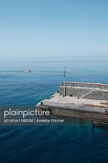 Hafenmole - p1141m1160124 von Annette Fischer