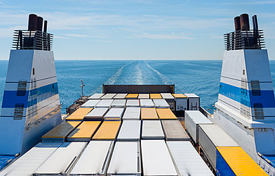 Baltic Sea, Gulf of Finland, ferry with truck trailers - p300m998418f by Jan & Nadine Boerner