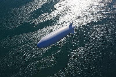 Luftschiff - p1016m1026174 von Jochen Knobloch