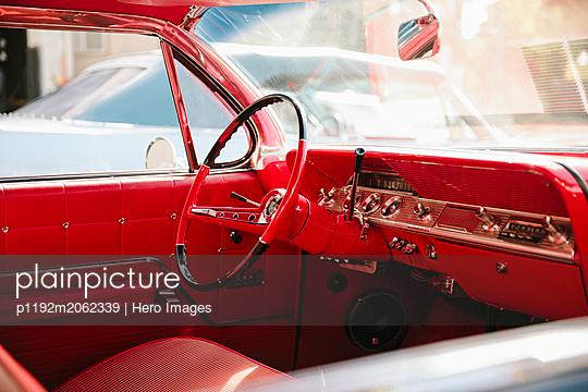 p1192m2062339 von Hero Images