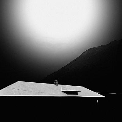 Hausdach - p230m2152667 von Peter Franck