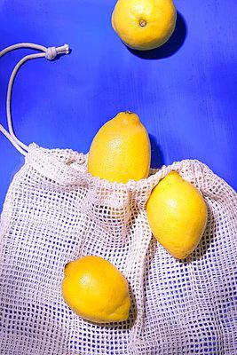 Lemons - p1149m2284359 by Yvonne Röder