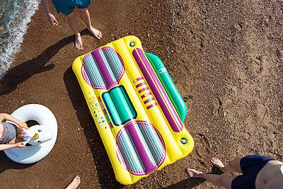 Music at the beach - p454m2142210 by Lubitz + Dorner