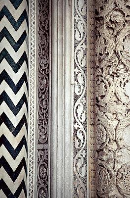 Architektonisches Detail - p382m1525182 von Anna Matzen
