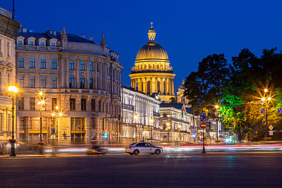 St. Isaac's Cathedral in St. Petersburg - p524m2125293 by PM