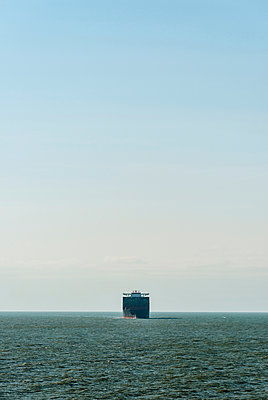 Container ship sailing north sea en route to Rotterdam harbour, Netherlands - p429m1135259f by Mischa Keijser